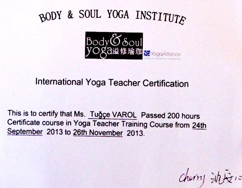 tugce-varol-certificate-yoga-alliance